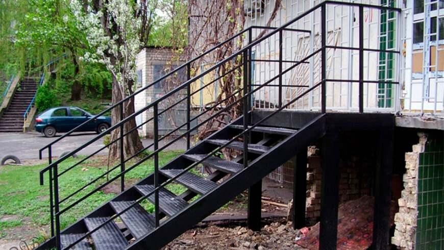 Лестницы из металла под заказ - купить в Минске