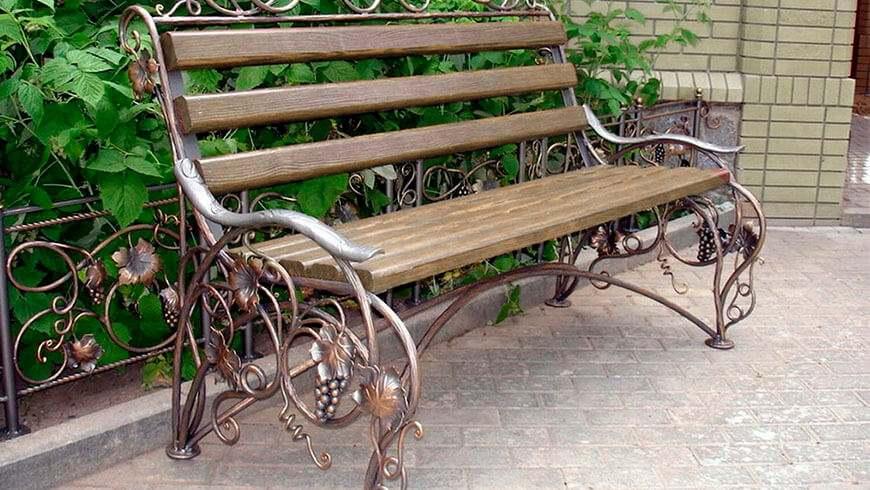 Кованая скамейка - купить под заказ в Минске