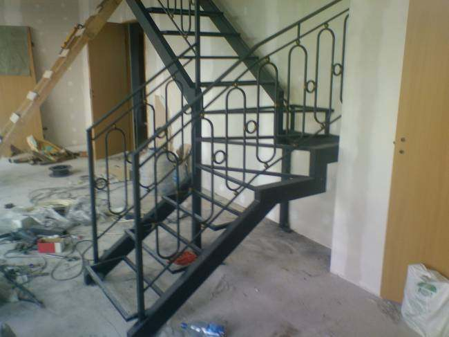 Кованые лестницы width=