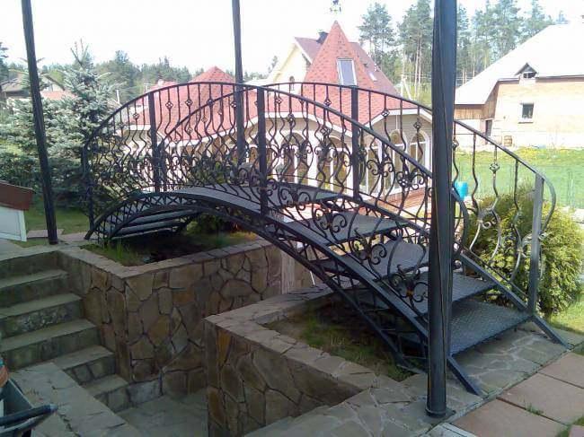 Кованные мостики