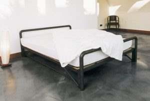 Кровать в стиле ЛОФТ 22