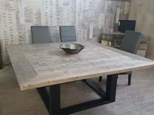 Обеденный стол в стиле лофт 18